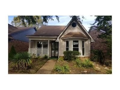 2 Bed 2 Bath Foreclosure Property in Horn Lake, MS 38637 - Tulane Rd E