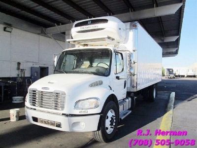2014 Freightliner M2 (UNDER CDL) 24ft Refrigerated Straight Truck