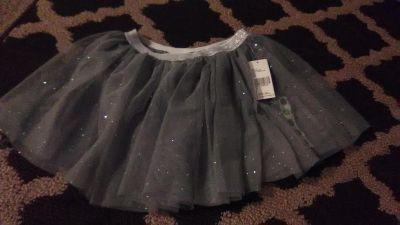Nwt 4t grey sparkly skirt