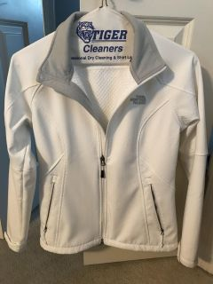 The North Face Women's Apex white Jacket