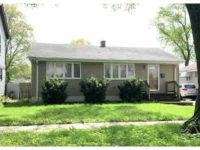 3 Bed 1 Bath Preforeclosure Property in Des Plaines, IL 60018 - Magnolia St