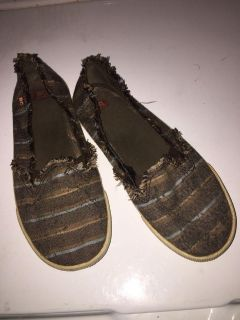 Women s BC brand shoes size 8