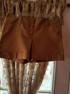 """Tan tailored """" the limited"""" shorts"""