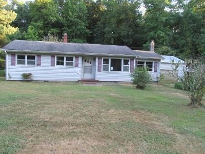 3 Bed 1 Bath Foreclosure Property in Delmar, MD 21875 - W Line Rd
