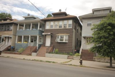 ID#: 1319865 Lovely 3 Bedroom Apt. For Rent In College Point