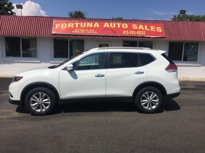 2016 Nissan Rogue AWD 4dr S (white)