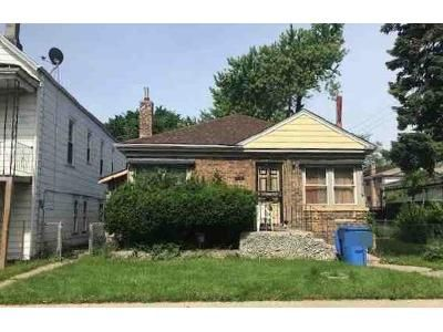 1 Bath Preforeclosure Property in Chicago, IL 60636 - S Seeley Ave