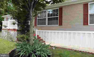 8405 Balsawood Lane Jessup Three BR, Lovely mobile home in great