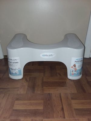 New squatty potty posture toilet stool new retails for $25