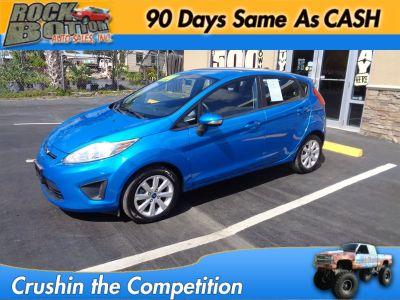 2013 Ford Fiesta SE (Blue)