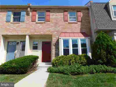 10 Fox Lair Vlg MEDIA Three BR, Brick private 2 story townhome in