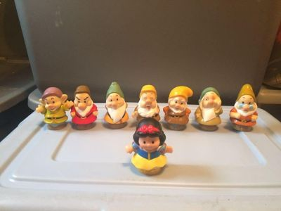 Fisher price little people Snow White and the seven dwarfs set