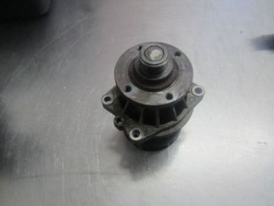 Sell UR024 2004 BMW 325I 2.5 ENGINE COOLANT WATER PUMP motorcycle in Arvada, Colorado, United States, for US $25.00
