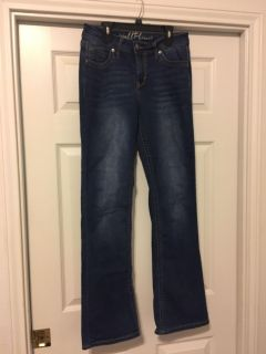 Bootcut stretchy jeans