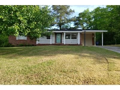 3 Bed 2 Bath Foreclosure Property in Macon, GA 31210 - Wood Forest Pl