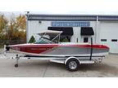 2012 Nautique Ski 200 Team Edition Closed Bow
