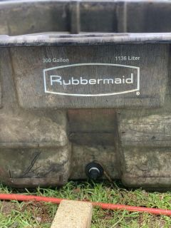 Rubbermaid 300 gallon pond with 2 pumps and tetra biofilter