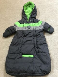 Never been used 0-3 snowsuit