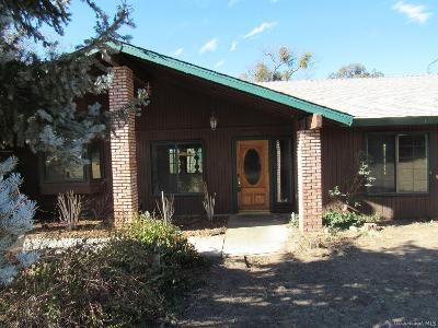 3 Bed 2 Bath Foreclosure Property in Tehachapi, CA 93561 - Hart Dr