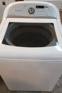 Top washer whirpool cabrio works perfect
