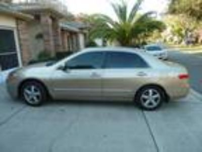 2004 Honda Accord EX 4-Door Sedan