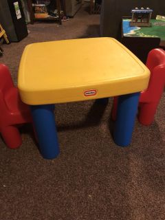 Plastic Little Tikes Table and 2 chairs