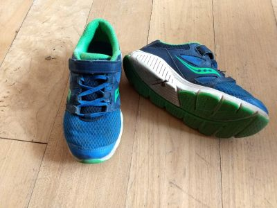 Size 1 Saucony running shoes
