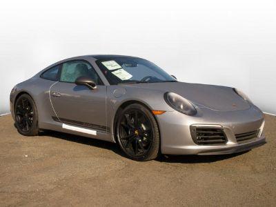 2019 Porsche 911 Carrera (GT Silver Metallic)