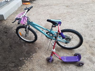"""20"""" bike and 3 wheel scooter"""
