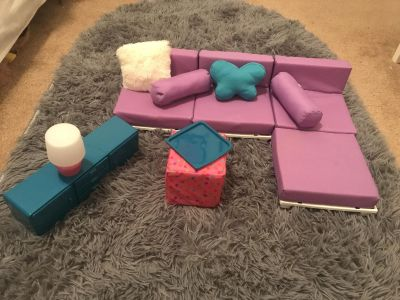 Doll couch set