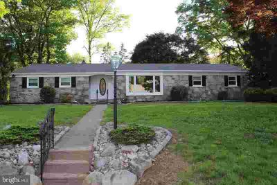 392 Emerson Rd HUNTINGDON VALLEY, Just Remodeled Three BR 2