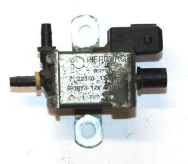 Purchase BMW OEM FUEL INJECTION AUX VACUUM AIR VALVE 11741742711 E34 E38 E39 E53 X5 E52 motorcycle in Hayden, Idaho, United States, for US $29.95