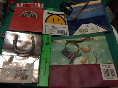 5 small gift bags