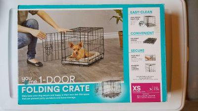 """DOG Crate small """"folding down"""" barely used/in box"""