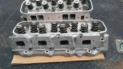 Dart 320 BBC heads PAC springs Manley exhaust valves