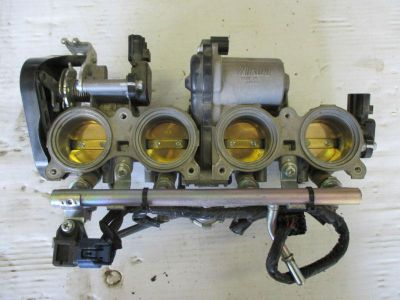Sell 2008-20012 YAMAHA YZF R6 CARBURETOR CARBURETORS CARB CARBS THROTTLE BODY motorcycle in Cedar Springs, Michigan, US, for US $87.12