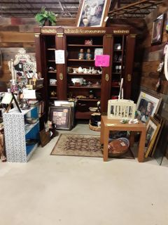 Vendor 1211 on the end of aisle E 50% off sale at Brass Bear