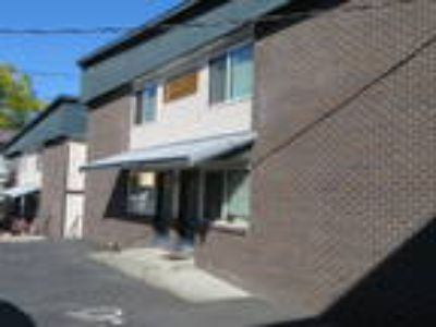 Free Application***On Ev Country Club, on Quiet Dead End Rd, Minutes to B...