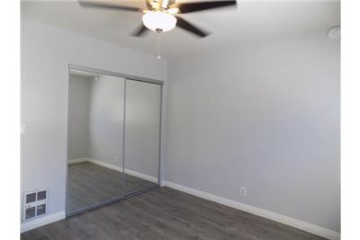 Pre-Leasing for beautiful remodeled 2 Bed. 2 Bath apartment