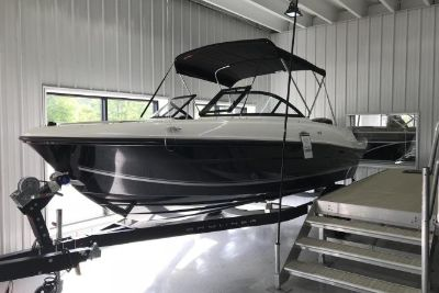 2018 Bayliner VR4 Bowrider OB