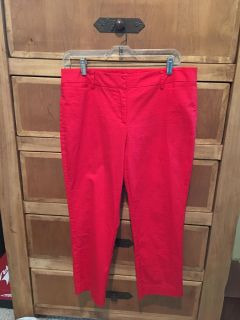 Red Capris. Size 8