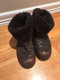 Ugg boots kids adult size 6
