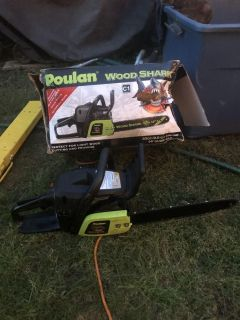 Gas Poulan Wood Shark Chainsaw