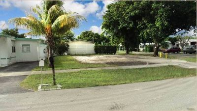 Developed Land in Dania, Florida, Ref# 985594