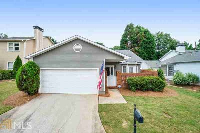 4030 Arborwood Ln TUCKER Two BR, Charming almost stepless patio