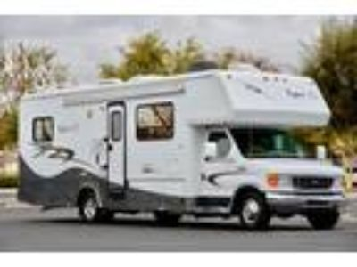 2008 Bigfoot Class C Motorhome Like New!