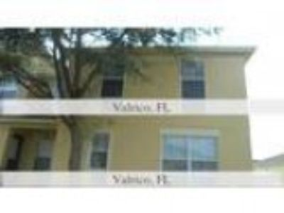 Foreclosure Condominium for sale in Valrico FL
