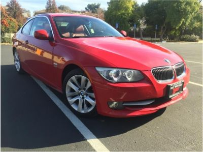 2011 BMW 3 Series 328i xDrive Coupe 2D