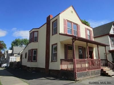 2 Bed 1 Bath Foreclosure Property in Albany, NY 12206 - Colby St