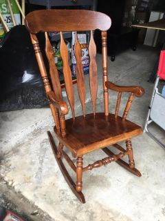 Gorgeous Extra-Wide Seat Solid Wood Sturdy Rocking Chair